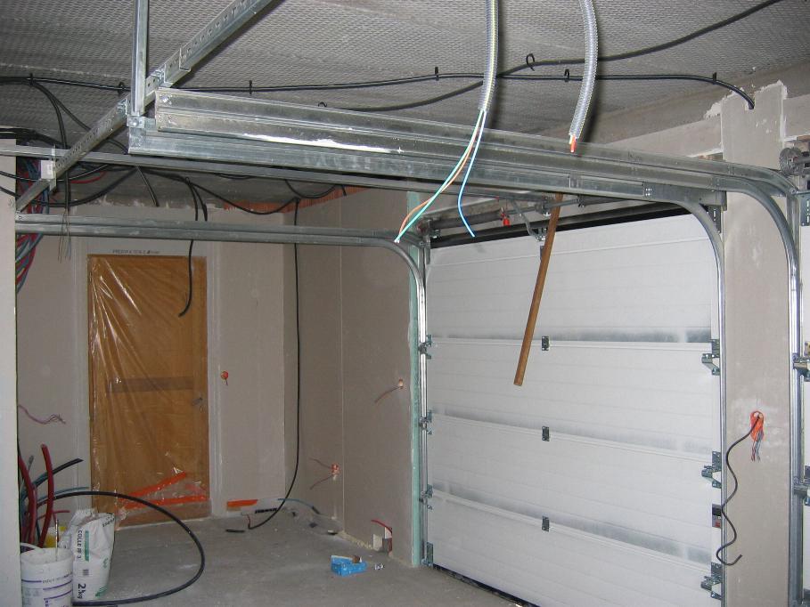 Isolation plafond du garage en r 1 et des faux combles for Hauteur garage sous sol