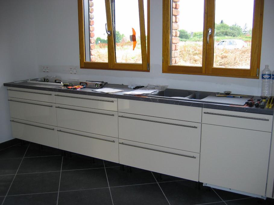 Notre projet de cuisine mod le select de ixina 69 for Montage plan de travail cuisine