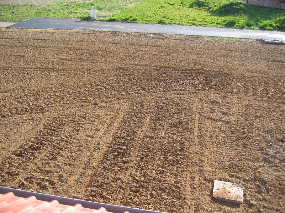 Pelouse gazon pr paration techniques co t semences 269 messages page 5 - Retourner la terre pour pelouse ...