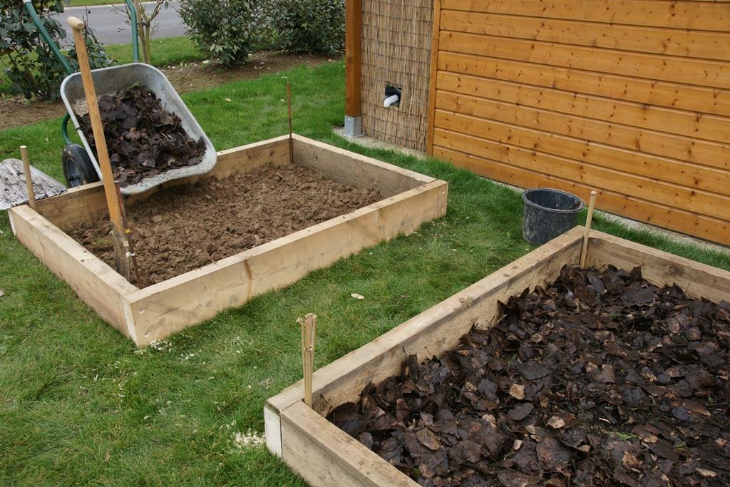 Potager au carr cr ation organisation rotation - Quand mettre du fumier de cheval dans le jardin ...